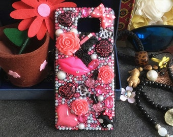 New Girly Bling Pearls Flowers Red Lips Bow Gems Heart Sparkles Crystals Rhinestones Diamond Fashion Lovely Hard Cover Case for Mobile Phone