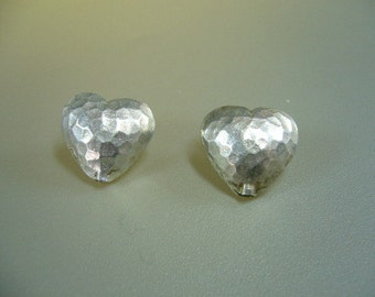 Hill Tribe Silver Hammered Heart Pendant Bead 17mm