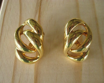 Vintage Napier Eight Knot Screw Back Gold Tone Earrings