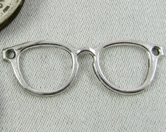 Set of (8) Silver Eye Glasses Pendant Connector 8 per package  GLM006