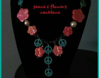 Peace & Flower Necklace