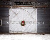 Barn Door - Digital Background - 57 - Photography Backdrop - Digital Background - Photoshop - Christmas backdrop - White Door - Wreath