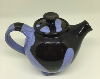 Handmade Ceramic Teapot / Pottery / Teapot with Feet