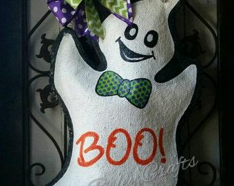 Halloween ghost hand painted burlap door hanger. Halloween wreath, fall decoration.