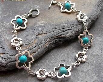 Turquoise Flower Bracelet, Silver Flower Bracelet, Turquoise Beaded Bracelet, Gemstone Bracelet, Boho, Hippie, Bohemian, Southwestern Style