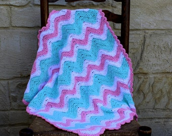 Baby blanket, handmade, crocheted blanket for babies in pink, mint and white