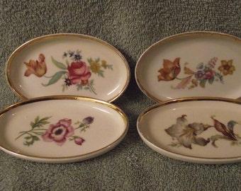 Denmark 4-piece porcelian plate set
