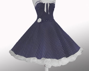 Petticoat dress with dots!