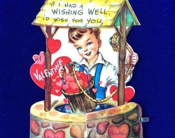 1940's Wishing Well Valentine Stand-up Greeting Card With Opening Crepe Paper Base