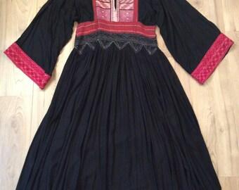 Vintage 70s Afghan embroidered black maxi dress S/M