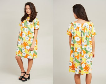 1970s Orange and Yellow Floral Cotton Moomoo Shift Dress • L [GR17]