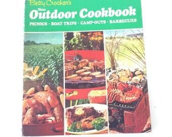 Betty Crocker's New Outdoor Cookbook 1967