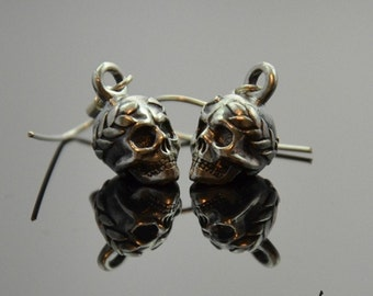 Earrings Victorious Skulls Silver
