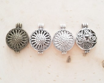 Wholesale Locket Diffuser Necklaces - Essential Oil Necklace - Aromatherapy Necklace
