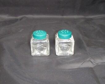 Vintage 1960s era Square Green Top Mini Salt & Pepper Shaker Picnic Set