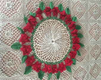 Vintage Crochet Red Roses Doily  - Cottage Chic Doily with RED Rose - Rockabilly Home Decor