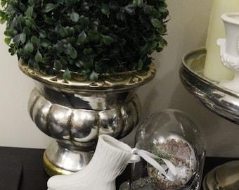 Adorable White Ceramic Ice Skate for your wedding/home/Xmas decor