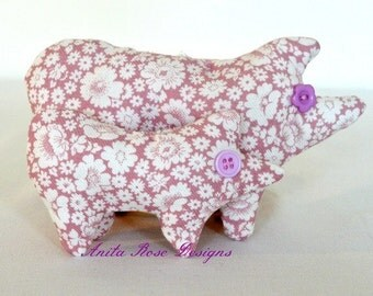 Shabby Pink Floral Pig and Piglet Decoration