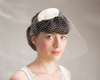 Fascinator Cream Veil Hat