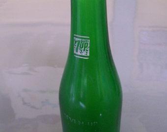 Vintage 7 up Soda Bottle