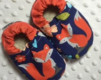 Soft Sole Baby Shoes Toddler Shoes Baby Booties Crib Shoes Orange Fox on Navy Blue Cotton Fabric Faux Fur Faux Suede Handmade