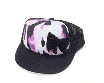 Black with Purple Leopard & Bow Trucker Hat