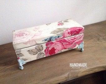shabby chic pink roses tea box, tea box, wooden tea box, wooden tea storage box, elegant tea box, vintage tea box