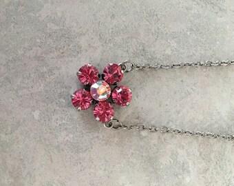 Flower pendant swarovski necklace