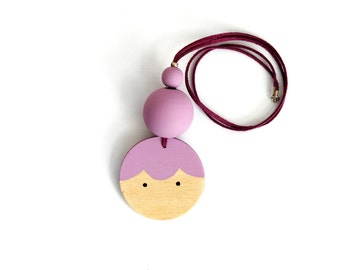 BABY Wooden Doll Face necklace LAVANDEL