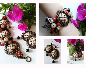 Jewelry set, bracelet a nd earrings, red copper cabachons