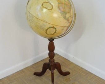 Decorator Globe With Wood Turned Stand