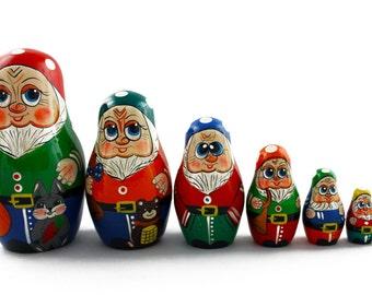 Matryoshka Matrioshka Russian Nesting Doll Babushka Seven Gnomes Dwarf Set 7 Pieces
