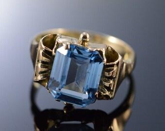 10K 3.75 CT Blue Topaz Vintage Ring - Size 6 / Yellow Gold - EM2105