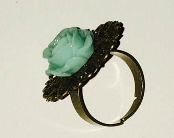 Antique Gold Mint Green Rose Ring
