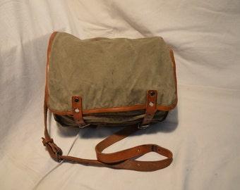 Vintage 1970's Military Green Canvas Bag - Shoulder Bag - NEW