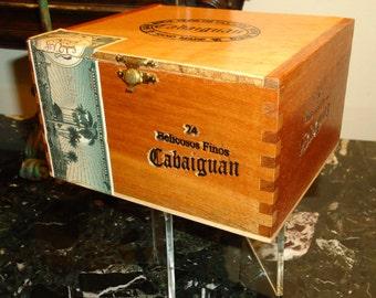 CABAIGUAN, Wood Cigar Box, Handmade,  Made in Esteli, Nicaragua