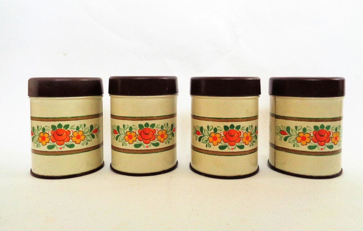 Vintage tin canister set spice storage 4 spice jars for Retro kitchen set of 6 spice tins