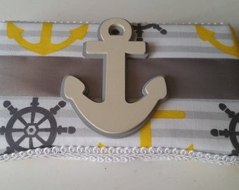 nautical wipe case with anchor