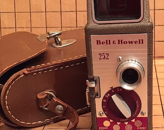 Vintage 1954 Bell & Howell 8mm 252 Movie Camera with Case