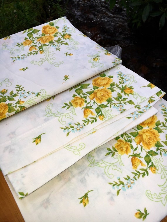 Vintage Full Flat Bed Sheet Yellow Roses Floral Statepride