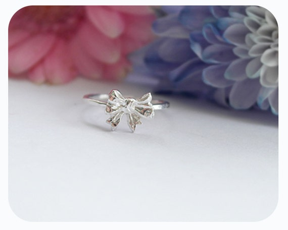 Sterling Silver Ring - Bow Ring - Pretty Silver Ring