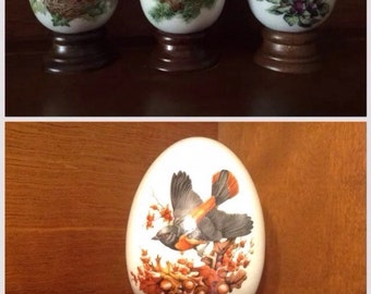Wood Eggs, Avon Eggs, Set of 4, Vintage 1984 Birds and Blossoms, Easter eggs
