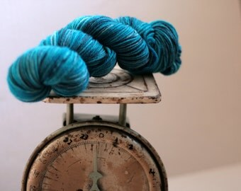 Hand dyed worsted weight turquoise with bits of black and grey, Indie worsted weight turquoise worsted weight yarn, Hand dyed yarn