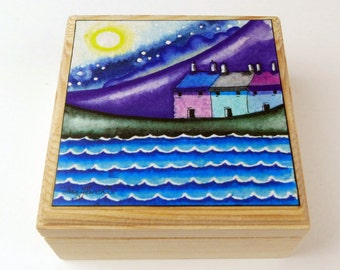Jewellery Box,birthday gift,mums gift,Christmas gift for her,Stocking Filler,Gifts,Folk Art,Decorative Box,whimsical gift,Gift For Her,