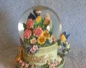 Musical Snow Globe - Floral Theme