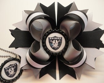 "Oakland Raiders Boutique Stacked hair Bow W5.0"" x L4.5"" x H2.0"" & Matching Necklace Set"