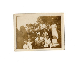Edwardian snapshot of large group