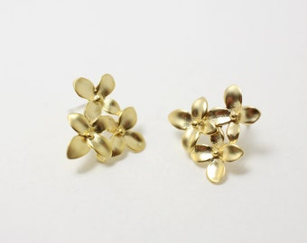 E0006/Anti-tarnished Matt Gold Plating Over Brass+Sterling Silver Post/Bouquet Earrings/16x15mm/2pcs