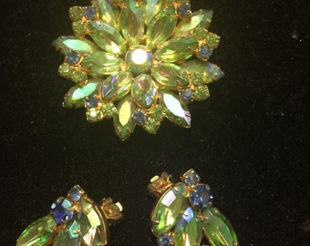 Stunning Aurora Borealis green and blue vintage brooch and clip earrings