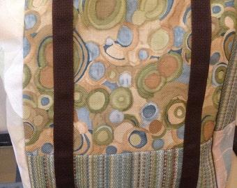 Blue green circles tote